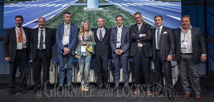 Italtrans inaugura il nuovo hub logistico di Calcio (BG) e accende i riflettori su innovazione, sostenibilità e responsabilità nella logistica e nel trasporto